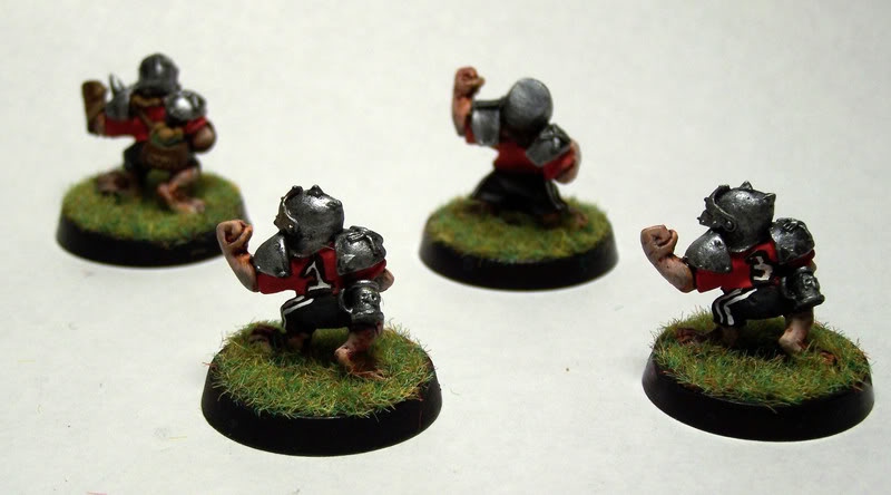 [Image: blood_bowl_halflings2.jpg]